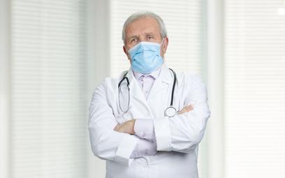 Rosja: Ministerstwo Zdrowia prosi lekarzy-emerytów o powrót do pracy