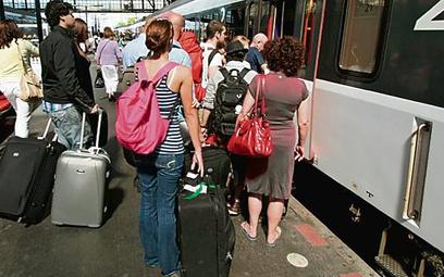 14 dni urlopu może zapewnić prawo do świadczenia urlopowego