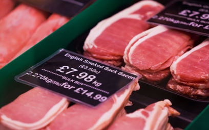 Brytyjczycy jedzą coraz mniej mięsa, ale wciąż za dużo