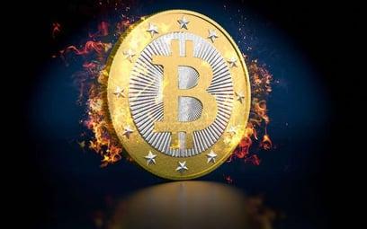Bitcoin: przy handlu kryptowalutą podatek płaci się od przychodu