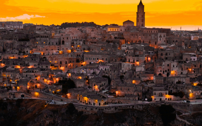 Matera – w tym malowniczym miasteczku na południu Włoch rozpoczyna sięakcja nowego filmu o Bondzie.