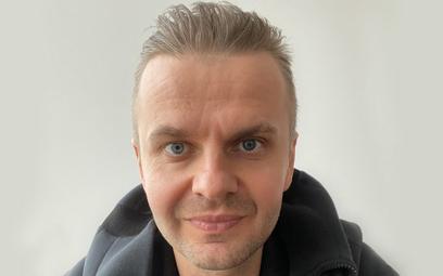 Dr hab. Andrzej Dragan – fizyk, fotograf, filmowiec i muzyk, zdobywca wielu krajowych i międzynarodo