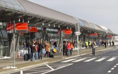 Prezes lotniska w Modlinie poszukiwany