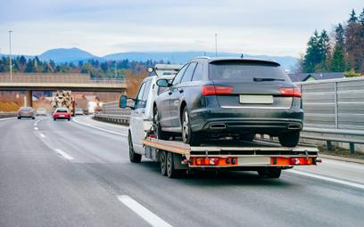 Za niespełna 1 tys. zł sprowadzimy używane auto z Czech