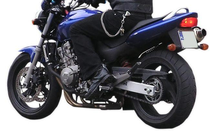 Prawo jazdy na motor dla osób poniżej 24 lat - wyrok Naczelnego Sądu Administracyjnego
