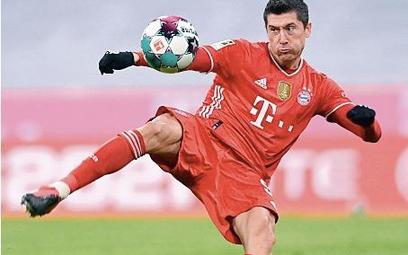 Bayern Roberta Lewandowskiego zagra w Monachium z Dynamem Kijów
