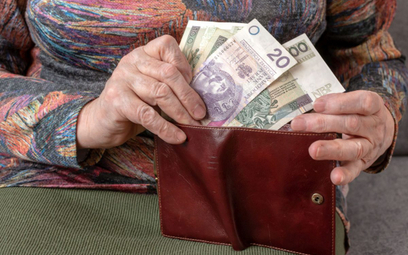 ZUS: prezydent podpisał ustawę, emeryci dostaną wyrównanie