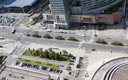 Odszkodowanie za działkę przy ul. Chmielnej 70, którą władze stolicy zwróciły w 2012 r. (transakcję
