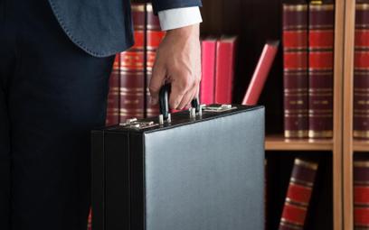 WSA: postępowania karne odbierają cechę nieskazitelnego charakteru kandydatowi na radcę prawnego