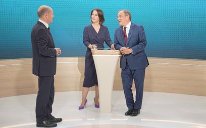 12 września. Telewizyjna debata kandydatów na kanclerza. Od lewej: Olaf Scholz (SPD), Annalena Baerb