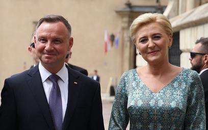 Prezydent RP Andrzej Duda z małżonką Agatą Kornhauser-Dudą na Wawelu w Krakowie
