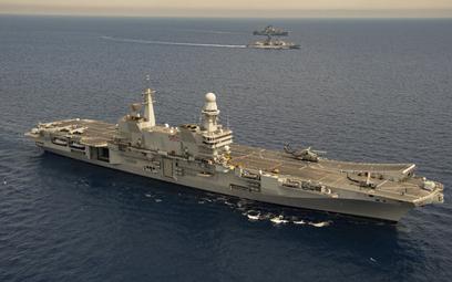 Włoski lotniskowiec Cavour wyruszył w rejs do Stanów Zjednoczonych w celu przeprowadzenia ostatnich