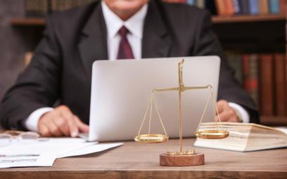 Prawnik online nie potrzebuje kasy fiskalnej