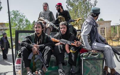 Herat: Talibowie powiesili ciało człowieka na dźwigu