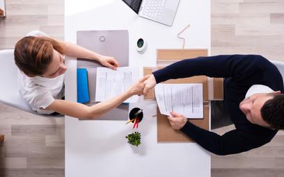 Strony wskażą prawo dla umowy o pracę