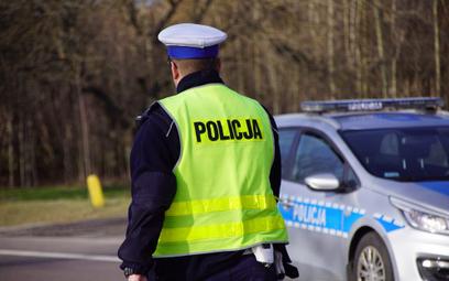 Policja sprawdza prędkość i maseczki. Za brak 500 zł mandatu