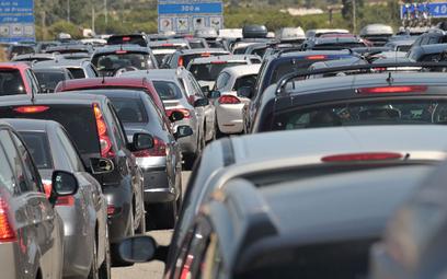 Samochody bez kierowców zniwelowałyby korki?