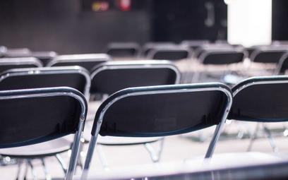 Koronawirus: radni będą dyskutować bez publiczności