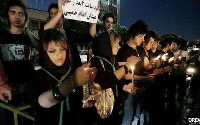 """""""Zielona rewolucja"""" pokazuje, jak demokratyczny zryw młodych Irańczyków został stłumiony przez reżim"""