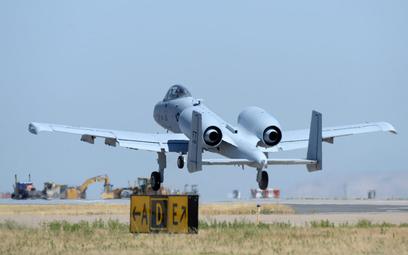 Oblot techniczny A-10C o numerze s/n 80-0252 – ostatniego egzemplarza z grupy 173 samolotów, które o