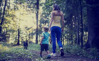Urlop wychowawczy – rezygnacja a powrót do pracy