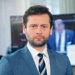 Kamil Bortniczuk ma 38 lat, grał w piłkę w GKS Głuchołazy i nie boi się politycznych i medialnych st