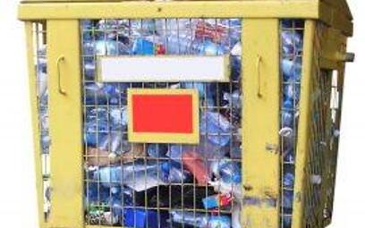 Przepisy utrudniają recykling plastiku