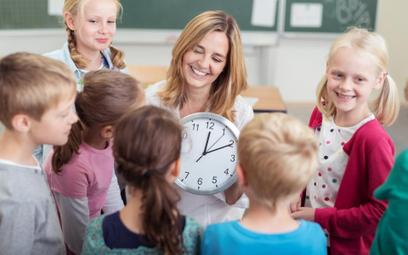 Edukacja: Krótszy rok szkolny