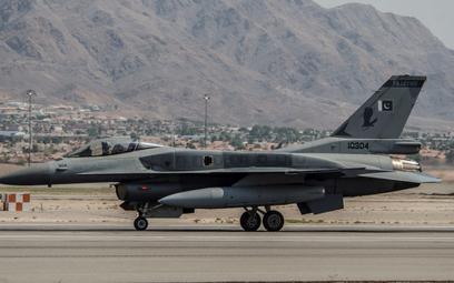 Samolot F-16C Block 52+ Sił Powietrznych Pakistanu podczas ćwiczeń Red Falg w Stanach Zjednoczonych.