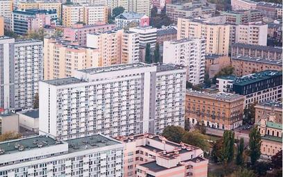 Przekształcenie użytkowania wieczystego w Warszawie coraz bardziej problematyczne przez urzędników
