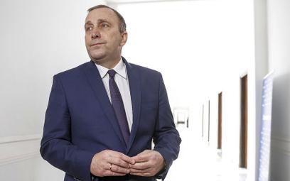 Szułdrzyński: Kto padnie ofiarą szarańczy