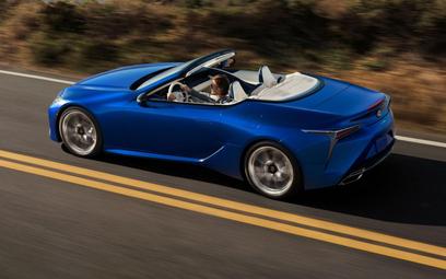 Lexus LC 500 Cabrio: Zanikający gatunek