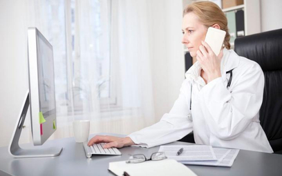 Telemedycyna jest jednym z obszarów, w którym coraz częściej wdrażane są nowoczesne technologie zwią