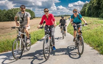 Cyklostrada Dolnośląska to łącznie ok. 1800 km tras, które nie tylko pozwalają na dotarcie do atrakc