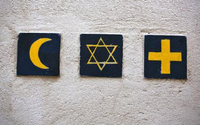 Jakub Sewerynik: Luksemburg inaczej niż Strasburg o symbolach religijnych