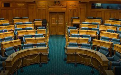 Nowa Zelandia: Lider Partii Maorysów odtańczył taniec wojenny w parlamencie