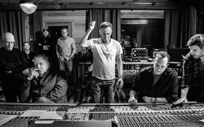 """Bruce Springsteen sprzedał 150 mln albumów na świecie. Artysta podczas sesji nagraniowej """"Letter To"""