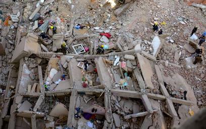 Egipt: Pod gruzami znaleziono żywe, 6-miesięczne dziecko