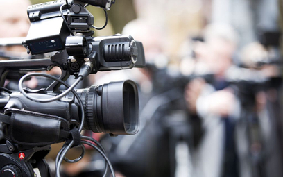 Sędzia Łączewski wyprasza kamerę TVN 24
