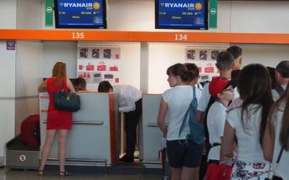 Ryanair Sun szuka stewardów i stewardes