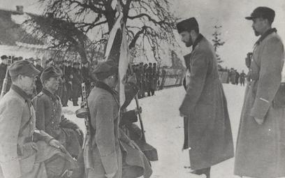 Żołnierze 27 Wołyńskieg Dywizji Piechoty AK. Zdjęcie z 1944 r.