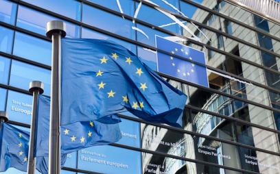 Komisja Europejska twierdzi, że 7,1 mld euro ma trafić do samorządów na realizację ich programów