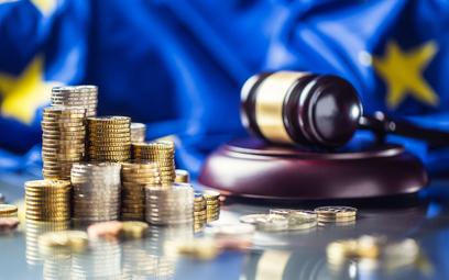 """Miliardy w zawieszeniu. TSUE bada mechanizm """"euro za praworządność"""""""
