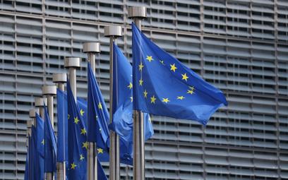 Sondaż: Niemal co dziesiąty Polak chce wyjścia z Unii Europejskiej