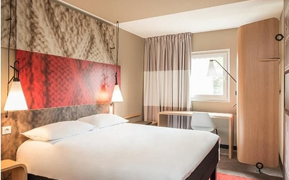Barometr hotelowy: Jedna gwiazdka droższa od dwóch