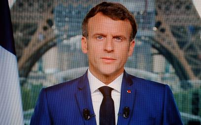 Francja: Prezydent Macron ogłosił obowiązek szczepień dla pracowników służby zdrowia