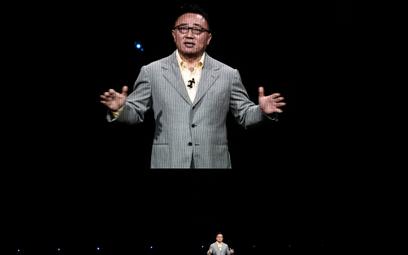 DJ Koh, szef mobilnej części Samsung Electronics przemawia podczas sierpniowej premiery Galaxy Note
