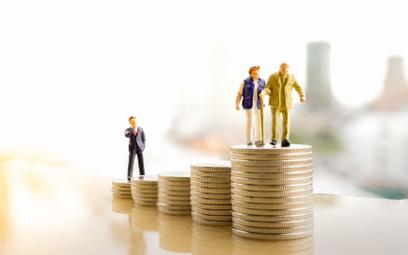 Zmiany w waloryzacji emerytur. Rząd proponuje gwarantowaną kwotę podwyżki
