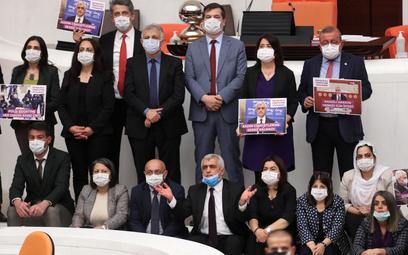 Turcja: Prokuratura chce rozwiązania opozycyjnej partii