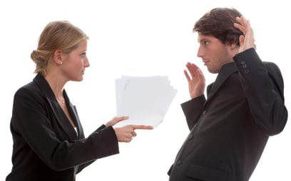Utrata zaufania do pracownika powodem obniżenia pensji